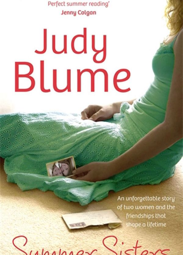 Book cover of 'Summer Sisters' by Judy Blume
