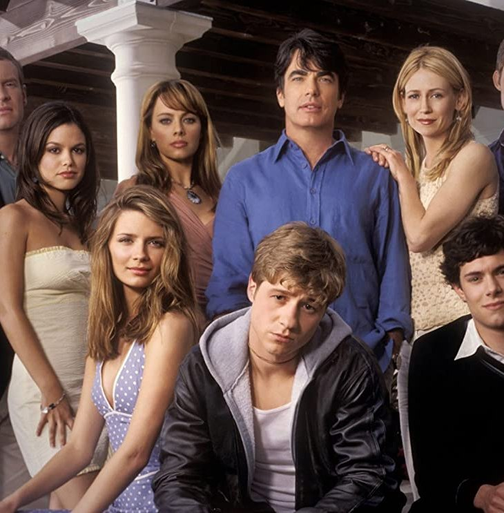 The cast of The O.C. pose for the camera