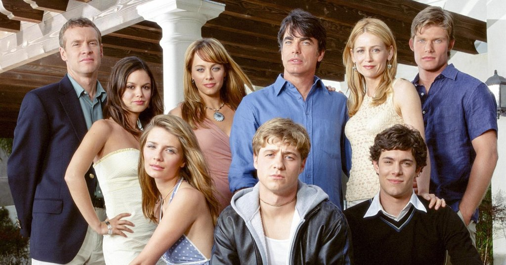 The characters from the series 'The O.C.' pose for the camera.