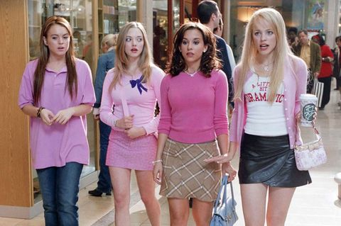 """The """"mean girls"""" in the film 'Mean Girls' go shopping."""